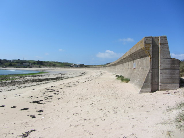 German Anti-tank Wall, Longis Bay