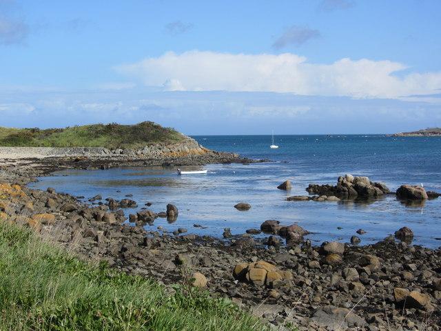 Shore by Le Picquerel Point, L'Islet