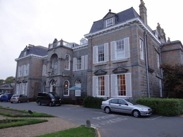 Saumarez House frontage