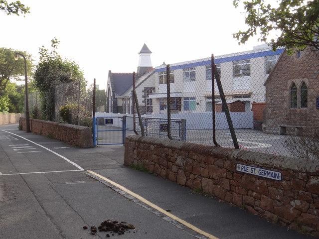 Castel Primary School