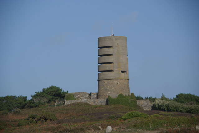 Observation tower on L'Eree Point