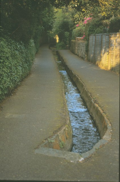 Couture water lane