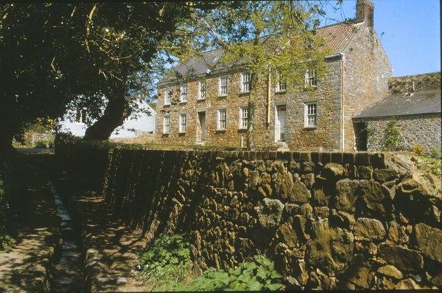 House on Ville Amphrey