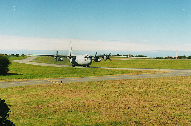 Hercules on the taxiway, Guernsey Airport