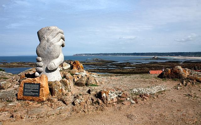 Saint-Malo rescue memorial