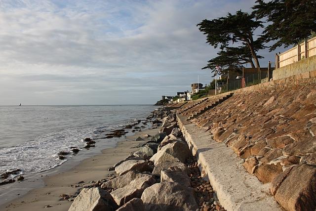 Coastal wall, Royal Bay of Grouville