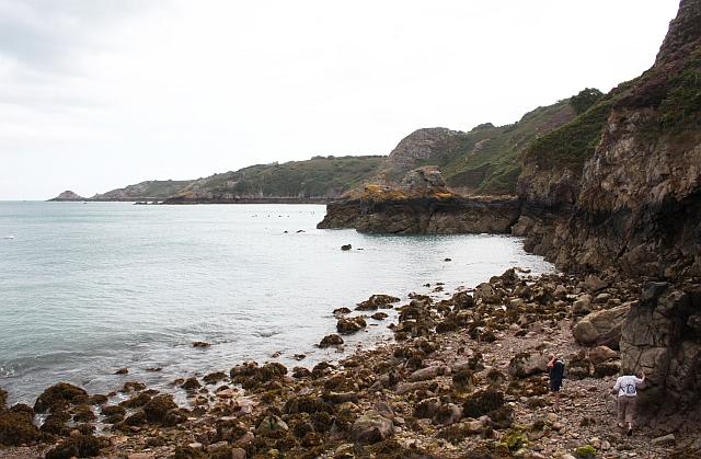 Coast to L'Etacquerel Fort