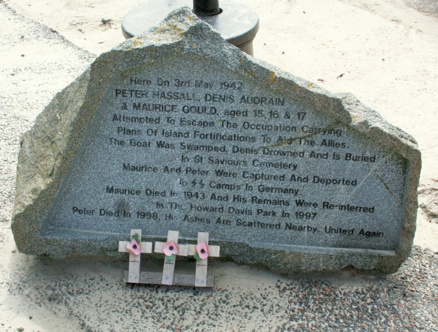 Memorial to Hassall, Audrain & Gould