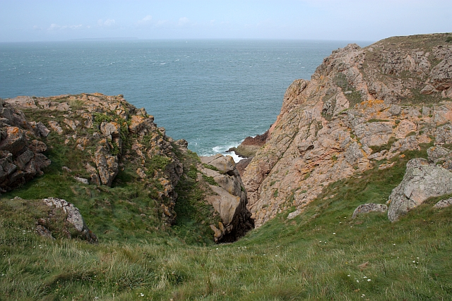 Cliffs near Gros Nez
