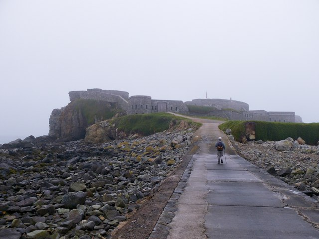 Fort Clonque in mist