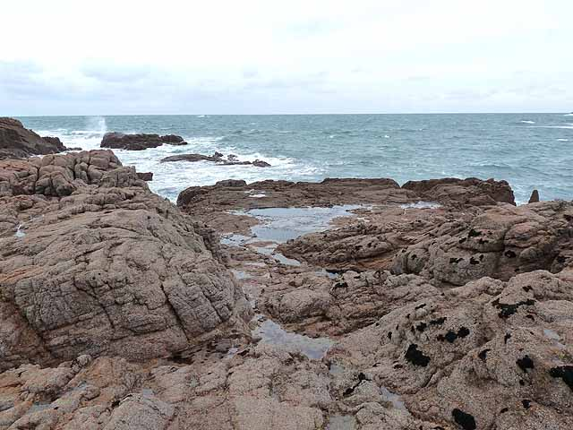 Tidal rocks to the north of La Corbière lighthouse