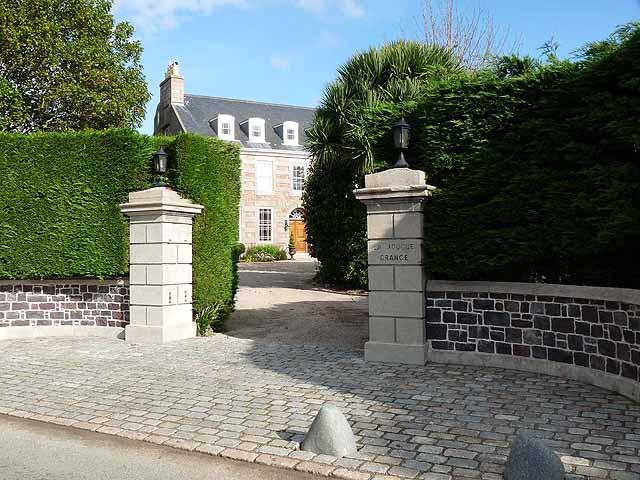 La Hougue Grange