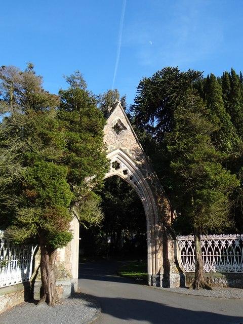 Entrance to Foulon Cemetery