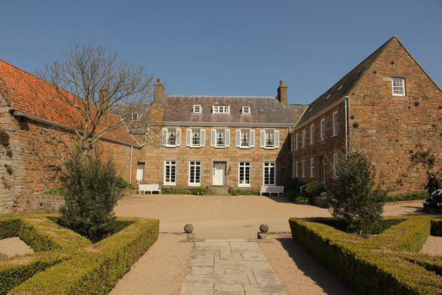 Les Augrès Manor