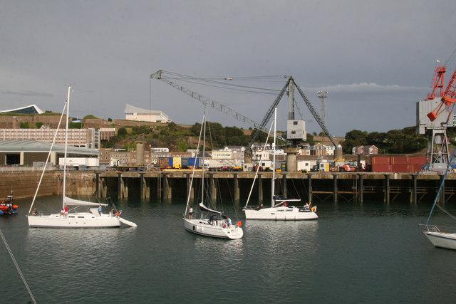 Scotch derrick - St Helier Harbour