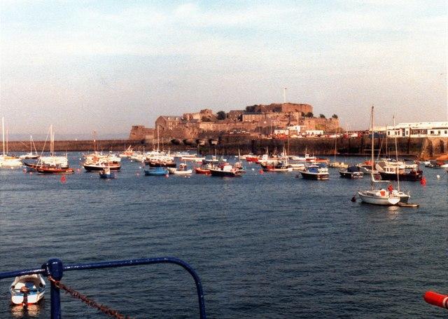 Castle Cornet from harbourside