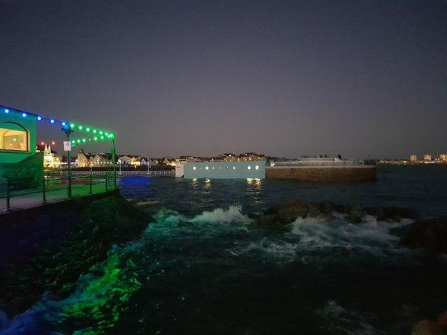 Havre des Pas Lido around High Tide