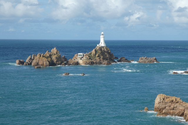 Corbière lighthouse with the tide in