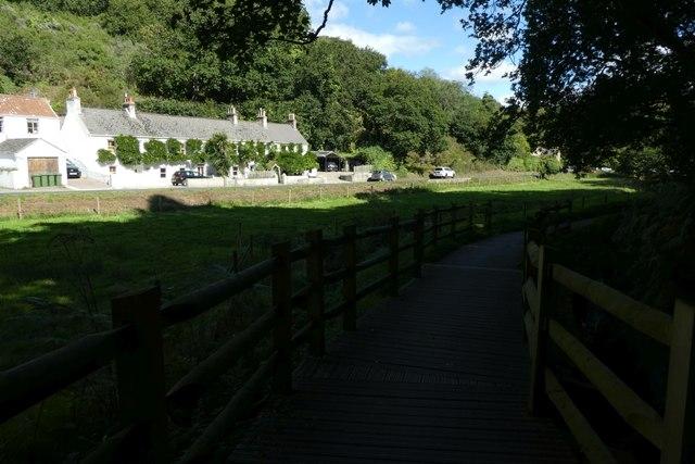Path along La Vallée de Saint-Pierre