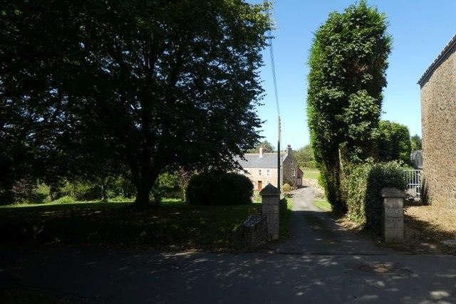 Drive off Rue de la Garenne