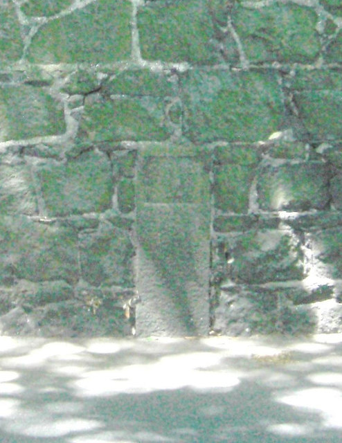 Old Milestone, Queens Road (Ancien jalon)