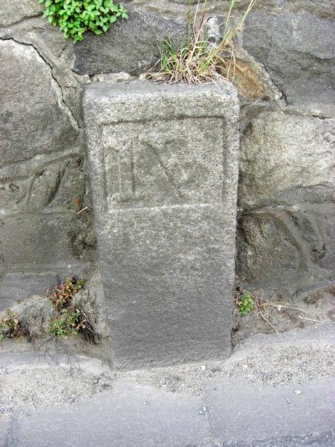 Old Milestone, Le Grand Fort Road (Ancien jalon)